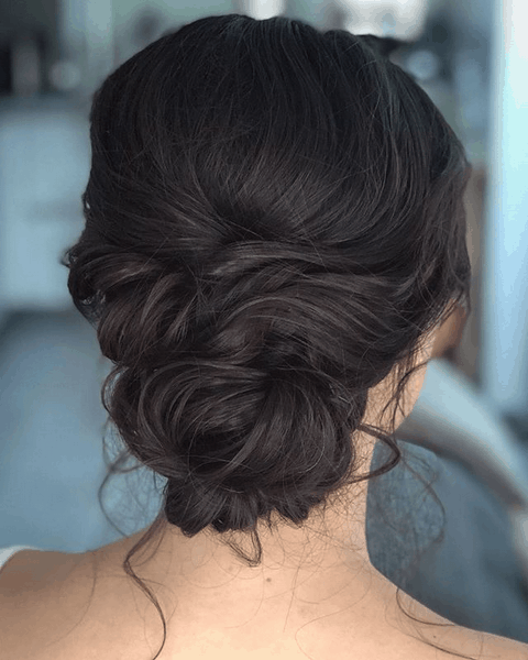 How to choose your wedding hair