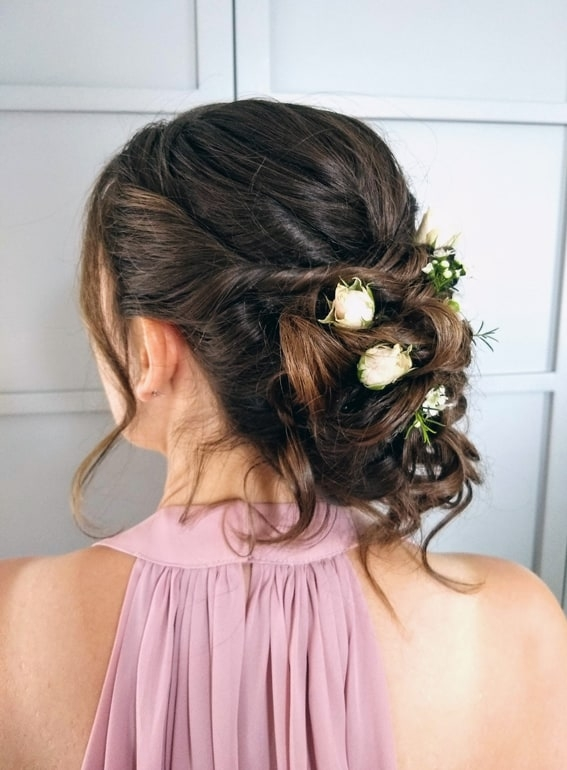 bridesmaid hair with fresh flowers